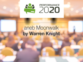 Performance 2020 aneb Moonwalk by Warren Knight